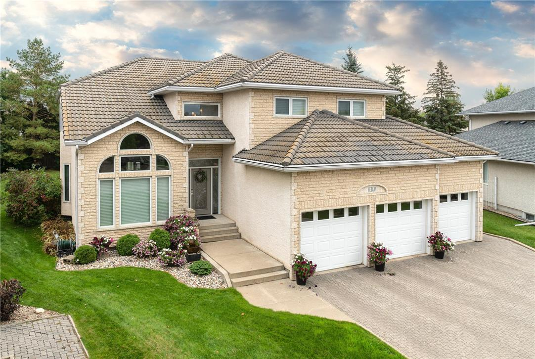 137 Waterloo CR